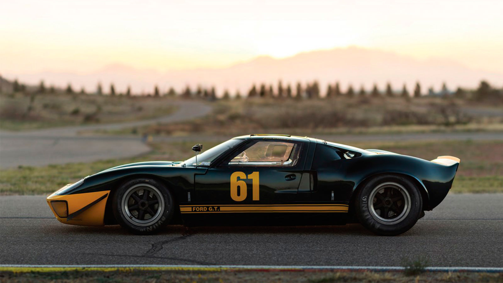 "Ford Racing Apparel >> 1966 Ford GT40 ""P/1061"" - IMBOLDN"